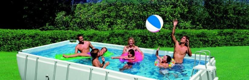 Des accessoires de piscine élégants à prix discount