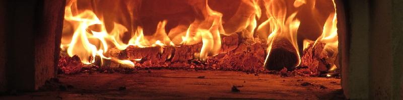 le feu dans un four traditionnel
