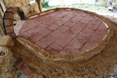 Sole d'un four à bois traditionnel