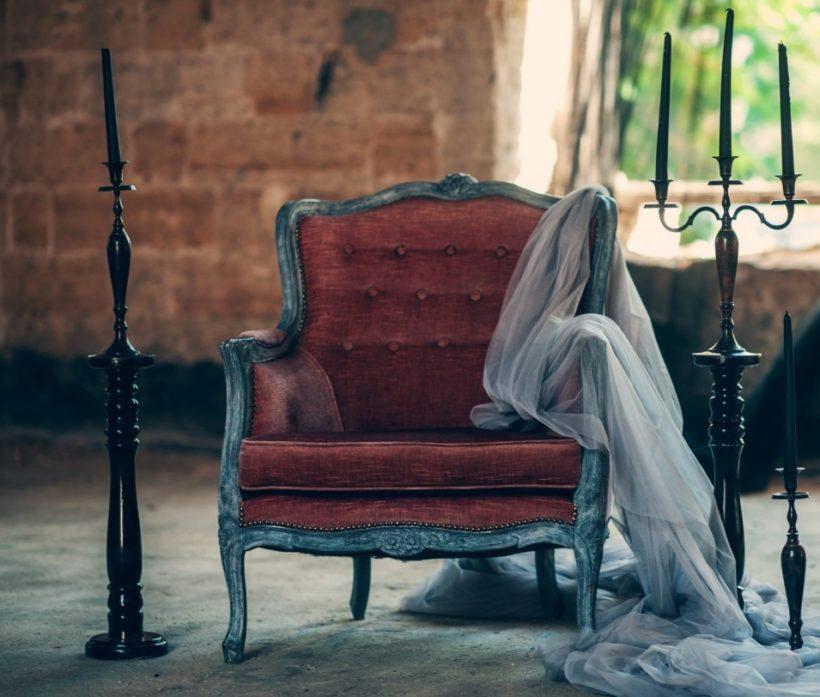 Un vieux fauteuil