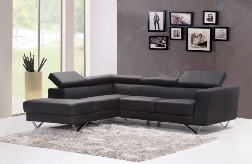 Un canapé noir design